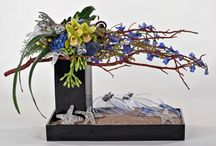 Flowers & Such / flowers, floral arrangements, gardens and green places  / by Shelley Estersohn
