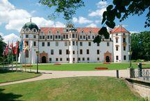 Das Herzogsschloss in Celle / Das Celler Schloss zählt zu den schönsten Schlössern der Welfen, einem der ältesten noch heute existierenden Fürstenhäuser. / by Celle Tourismus und Marketing GmbH
