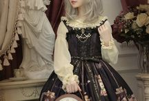 Gothic lolita [cute clothes]