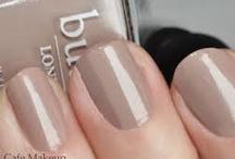 Nails / by Taryn Yabur