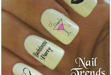 Hen's night nails