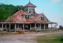 Define house