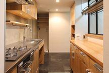 キッチン下がり壁裏棚