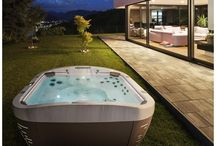 Jacuzzi® J-500™ / As much of a design piece as an innovative hydromassage experience, the Jacuzzi® J-500™ Collection pairs your sense of style with your everyday relaxation needs like nothing else can.