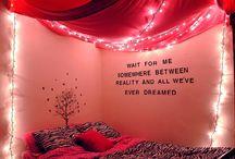Baldachýny, svetielka a postele