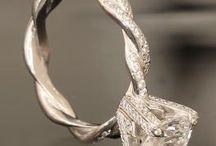 Jewelry / by Martha Whitman