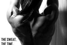 """Who run this motha f...? / """"A musculação, assim como as demais atividades físicas, exige força mental, dedicação e muita paciência. Precisamos estar constantemente desafiando nossos limites. Cada treino é uma batalha, cada milímetro de músculo uma vitória. É uma guerra eterna. Musculação é para sempre. Quem faz parte deste mundo, sabe que não é feito por exibição, e sim pelo prazer de saber que conseguiu algo melhor e que custou muito caro."""" - Bruna Gomez"""