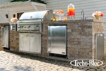 Outdoor Kitchens / Outdoor kitchens are fun for the whole family and are an excellent feature for entertaining guests!