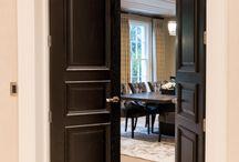 Traditional Doors - Model R137