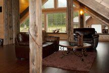 Barn Homes / by Rhonda Robertson