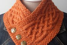 Free Knitted Accessories / Hats, gloves, socks, scarves