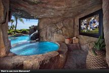 Ultimate Mancaves / Dream on with this display of the most extraordinary mancaves we come across.