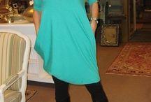 """A """"KIS FEKETE"""" a HOME BAZAAR-tól / az öltözékek a homebazaar üzletében megvásárolhatók,vagy online megrendelhetők .infó:www.homebazaar.hu"""