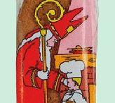 St Nicolas / Spécialités de St Nicolas à offrir aux enfants sages La Saint-Nicolas est une fête principalement tournée vers les enfants, mettant en scène le saint Nicolas de Myre. C'est une tradition vivace dans plusieurs pays européens et quelques régions françaises, qui se déroule le 6 décembre