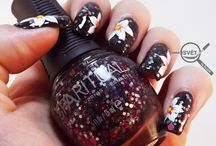 NAIL ART: WHITE FLOWER WITH BEYOND / http://www.mikrosvetbyellen.com/2014/08/nail-art-white-flower-with-beyond.html
