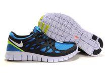 Nike Free Run 2 / by Emma Thomson