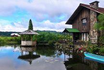 Rumah Kayu Woloan / Pics of Woloan Wooden Home.