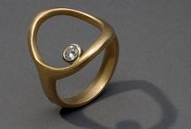 Valentina Loves Jewelry
