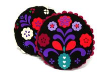 pillow Granny / Grandma's pillow. ​​​​​  Hand-cut and sewn, project - joanna bylicka material: felt, dimensions: (diameter ) 45 cm​