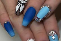 Nehty modré