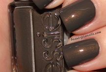 Nail Addict / by Michelle Hewitt