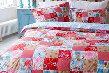 Quilts, beautiful patchwork... ~ Colchas y articulos de patchwork