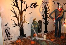 Halloween 2013 / What a scary time here at the Lancaster London - there are pumpkins all over the hotel and a fantastically ghoulish display in the lobby. Not to be missed!