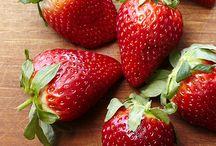 Strawberries funfare. / Desert plus.