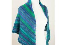 #SundayShawls / I love knitting shawls so I'm featuring a free knit shawl pattern every Sunday!
