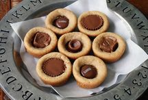 Peanut butter and chocolate recipes / by Cindi Warren