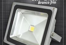 Refletor Led 50w Branco frio - Ecrom / Iluminação Externa http://produto.mercadolivre.com.br/MLB-840901026-refletor-led-50w-6500k-branco-frio-bi-volt-ecrom-_JM