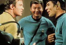 Star Trek / Spock, Jim, Bones, Chekov, Sulu, Scotty, Uhura, Carol <3
