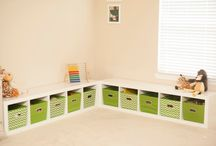 Craft room shoe bench / Idea for shoe storage and bench for the craft room