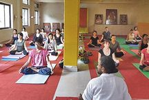 Yoga Teacher Training School in India / Yoga Teacher Training School in India Registered with Yoga Alliance, USA