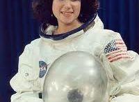 Astronauti - Kosmonauti