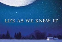 Read read read....  / by Kristen Lowry