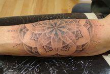 mandala/dotwork/geometry