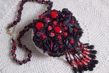 Bijoux Romantiques / Ces bijoux dévoilent tout un univers à la fois poétique, douceur, féminité, sentiments et charme.