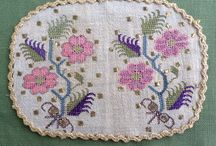 Embroidery Turkish; Hesap işi, Maraş İşi, Tel Kırma... / by Banu Abdusselamoglu