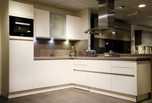 Keuken met Miele apparatuur / moderne keuken met miele apparatuur