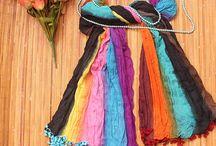 Scarf, Kerudung & Pashmina / Scarf, kerudung, dan pashmina cantik yang dijual oleh para mitra UKM kami.