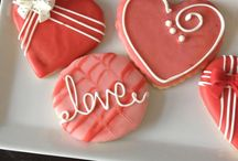 Delicious Designs Cookie Creations / Butter Cookies with a delicious Vanilla flavor and melty buttery texture.. made for any theme or occasion
