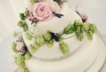 Cakes - country garden / by English Wedding Blog