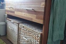 Hout, meubels & stoffering / Een bord met stofferingsprojecten, meubelmaakprojecten en 'houtprojecten' (zoals bouwen schuur). Die laatste twee soorten projecten heb ik vaak met mijn vader samen gedaan.