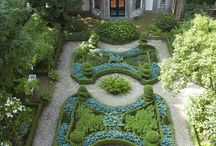 Gardens > Formal/Ornate