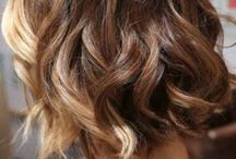 curly hairstyling