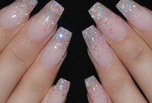 nail glittering