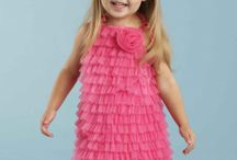 Girls Style Scoop / The 411 on fashion for baby girls + toddlers.