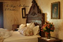 Pennsylvania Honeymoon : Riverfront New Hope Luxury Inn / Celebrate your new lives together in style with a romantic Pennsylvania honeymoon at our casually elegant riverfront b&b in New Hope, PA.