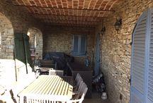 Lounge portico